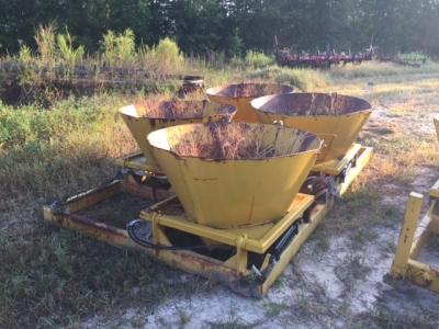 Used Truck Spades - Dutchman Industries Inc